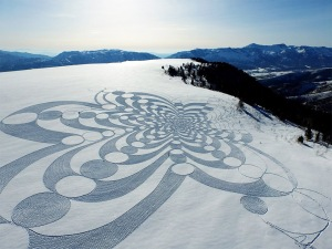 Snow art by Mr. Simon Beck