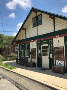 Trail's End Cafe, Bala Cynwyd
